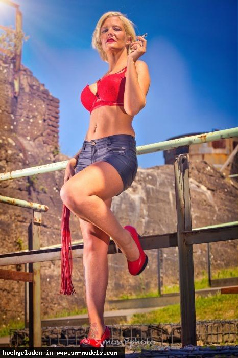 SimonP (Hobby Fotograf ,Männlich ,PLZ 52445) Lady Melina Jolie - Bild 25165 - SM-Models.COM