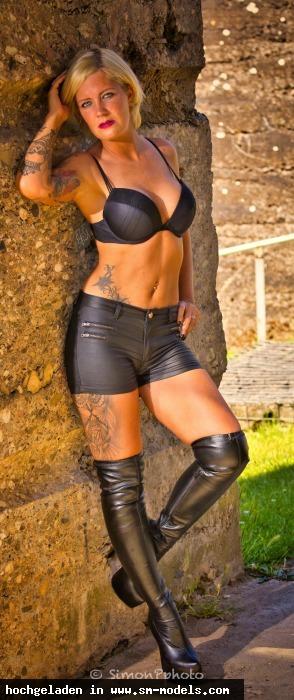 SimonP (Hobby Fotograf ,Männlich ,PLZ 52445) Lady Melina Jolie - Bild 25163 - SM-Models.COM