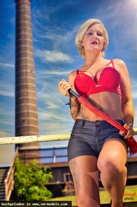 SimonP (Hobby Fotograf ,Männlich ,PLZ 52445) Lady Melina Jolie - Bild 25166 - SM-Models.COM