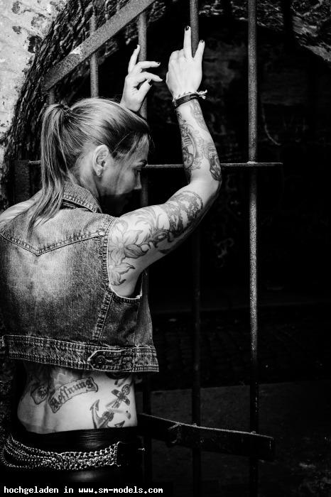 BOOGEYMAN_IMAGES (Fotograf ,Männlich ,PLZ 4059) Tattoo Outdoor - Bild 25172 - SM-Models.COM