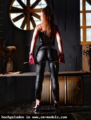 MadameKALI (Model ,Weiblich ,PLZ 33602) Madame KALI - Bild 15907 - SM-Models.COM