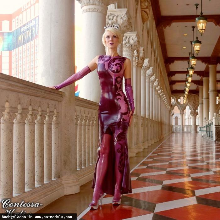 Contessa_Kali (Model ,Weiblich ,PLZ 92421) - Du solltest auf die Knie fallen! / Contessa Kali - Bild 23247 - SM-Models.COM
