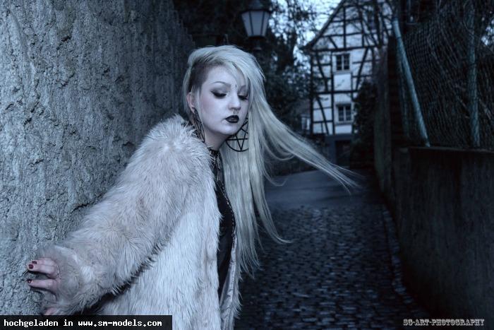 SG_ART_PHOTOGRAPHY (Fotograf ,Männlich ,PLZ 42651) - Seitengasse / Shootings - Bild 14585 - SM-Models.COM