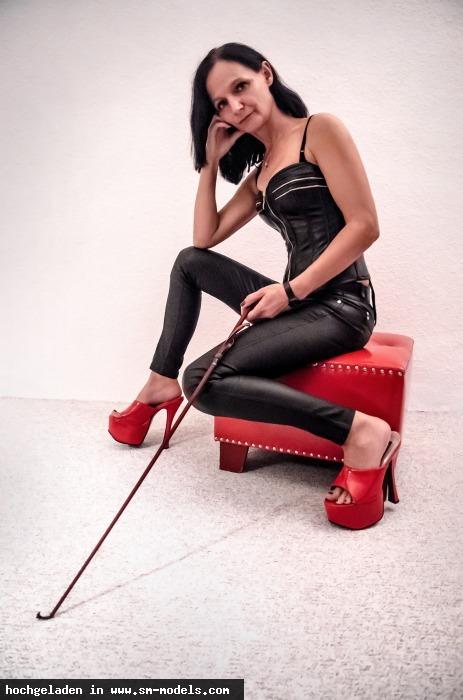 Beyondthehorizon (Hobby Fotograf ,Männlich ,PLZ 29525) - Mistress Malika / Misc. - Cyber / Fetisch - Bild 14300 - SM-Models.COM