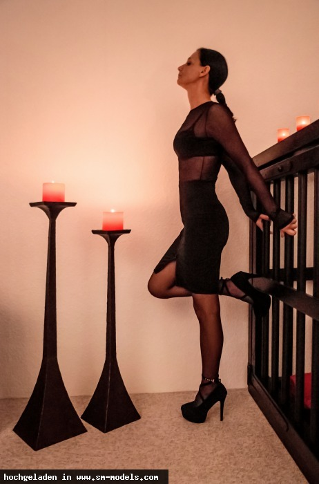 Beyondthehorizon (Hobby Fotograf ,Männlich ,PLZ 29525) - Mistress Malika and her cage. / Misc. - Cyber / Fetisch - Bild 14338 - SM-Models.COM