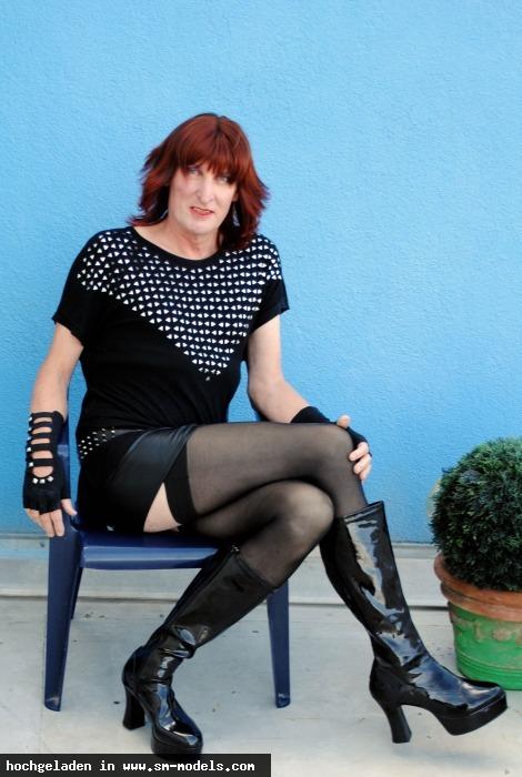 Gina_Grand (Model ,TV ,PLZ 6000 - Schweiz) Fetishhallenlady - Bild 14373 - SM-Models.COM