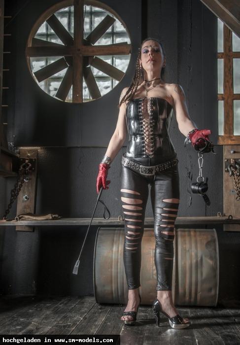 soothe_my_soul (Hobby Fotograf ,Weiblich ,PLZ 40237) - Madame Kali / 2013-2015 - Bild 16394 - SM-Models.COM
